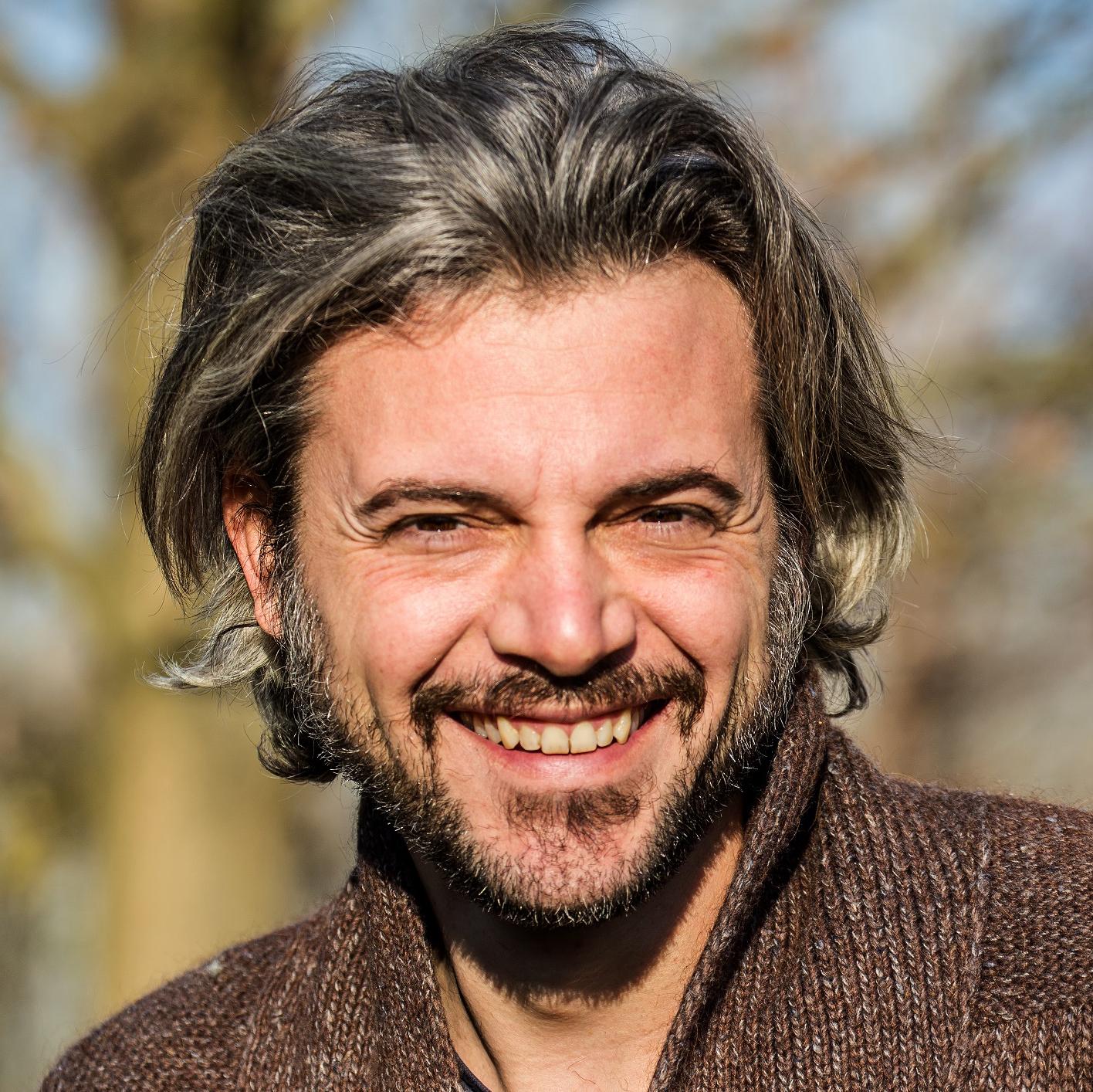 Roberto Camurri, A misura d'uomo, NNEdizioni